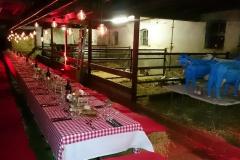 Eten in stal