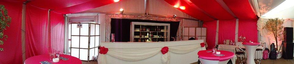 Bruiloft roze inrichting