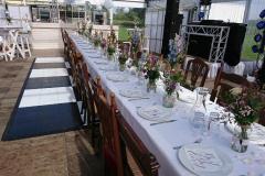 Inrichting tafel voor bruiloft