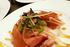 Voorgerecht met rauwe ham bord 24 cm RAK