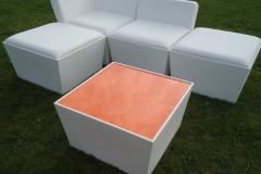 Conic lounge basis met oranjeplaat