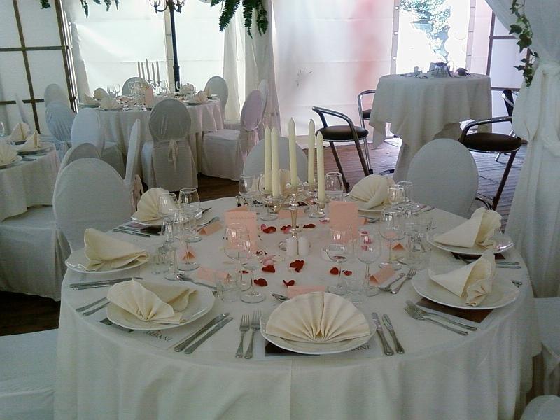 Diner-bruiloft