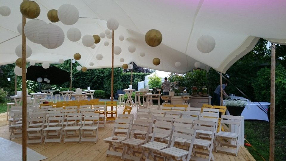 Bruiloft-ceremonie-Wood-White