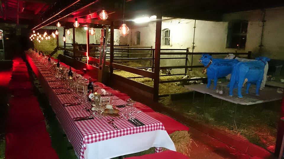 Diner op exclusieve locatie met bijbehorende aankleding